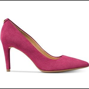 Michael Kors Dorothy Flex Pumps Berry Color